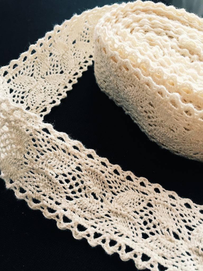 Cotton Crochet Lace Ribbon, 4.5 metres