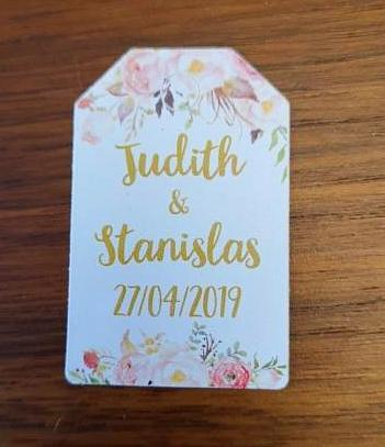 Vintage Rustic Floral Wedding Tags with Hole - Customised - 100 pieces
