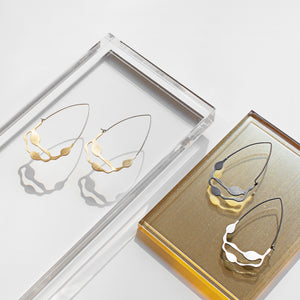 Wakame Earrings in Brass