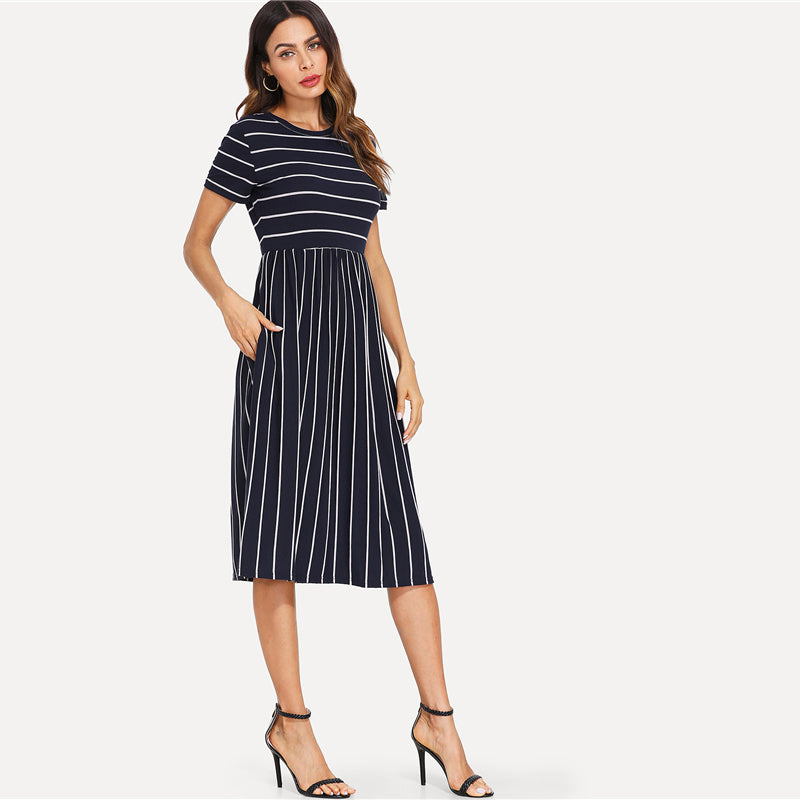 Elegant Round Neck Mixed Stripe  Dress