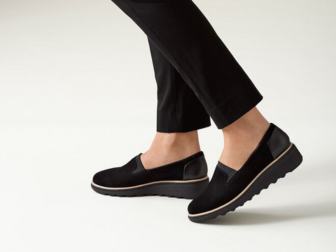 Clarks Sharon Dolly Black Suede Wide Fit Flat Shoes