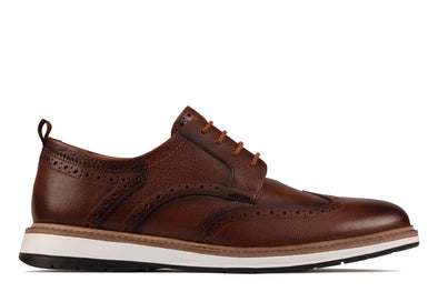 Clarks Chantry WingO Dark Tan Lea