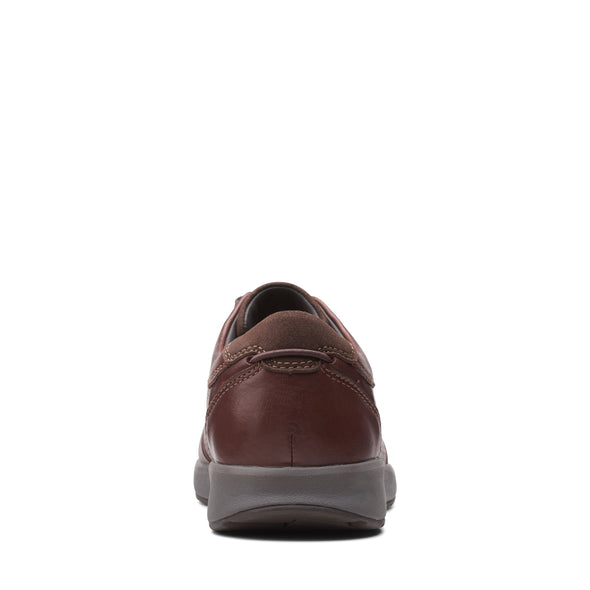 Clarks Un Trail Form2 Mahogany Leathe