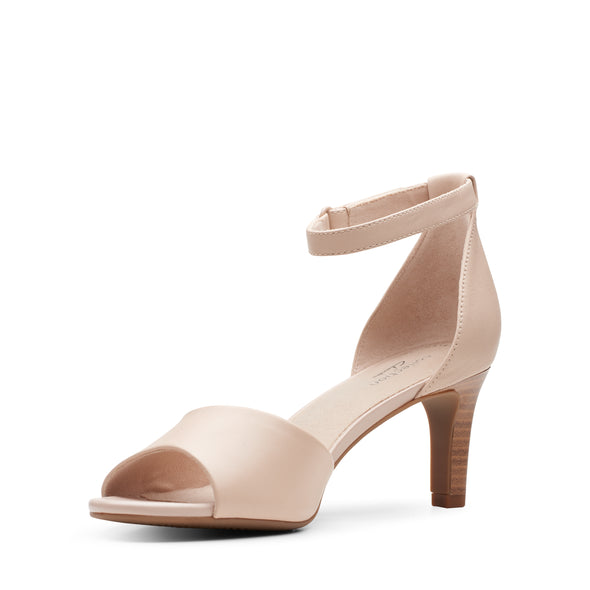 Clarks Alice Greta Blush Leather