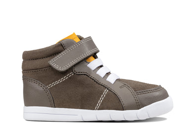 Clarks Emery Beat T Brown Leather