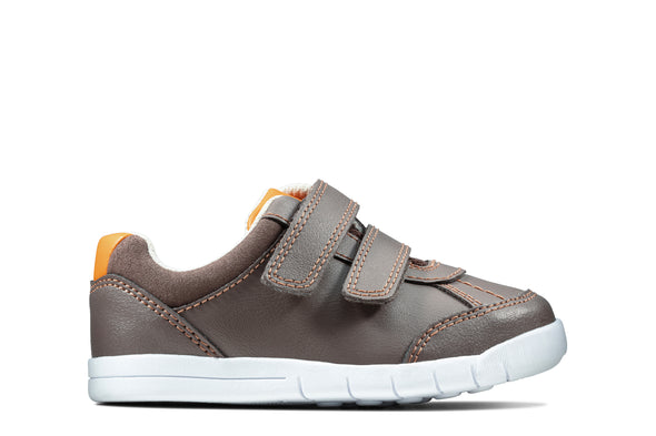 Clarks Emery Sky T Brown Leather