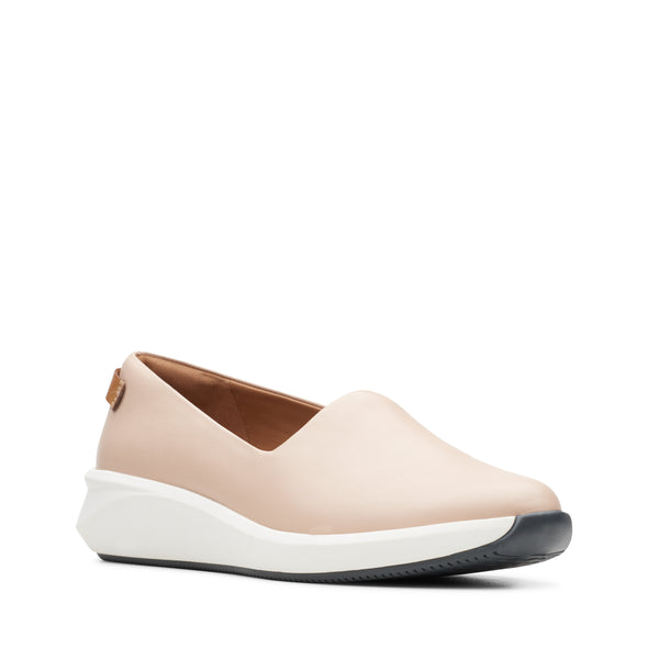 Clarks Un Rio Step Blush Leather