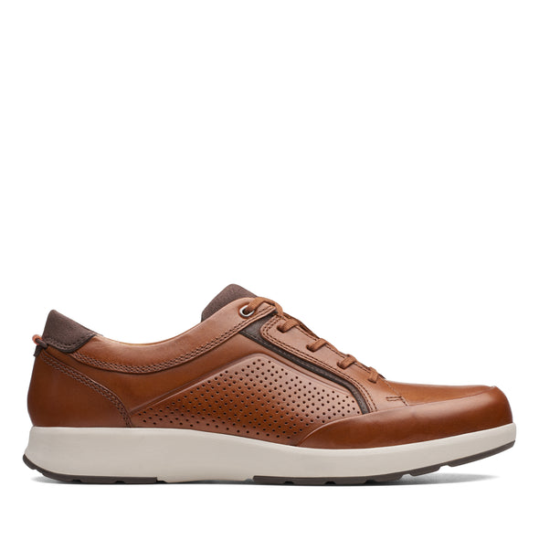 Clarks Un Trail Form Tan Leather