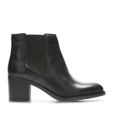 Clarks Mascarpone Bay Black Leather