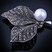 Vintage White Pearl Brooch For Women Bridal jewelry Antique silver Brooches Bouquet Fashion Hijab Scarf Pin Up Buckle