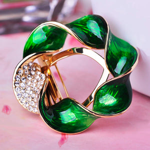 Fashion Enamel Round Flower Brooches Gold color Crystal Broches Pins Badge Decoration Dresses Scarf Buckles Bijoux