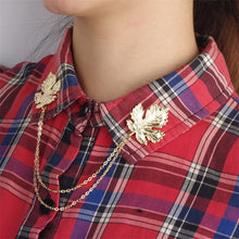 Maple Leaf Badges Zinc Alloy Leaves with Link Chain Fashion Brooch Pin for Jacket Coat Suit Shirt Collar Accessory