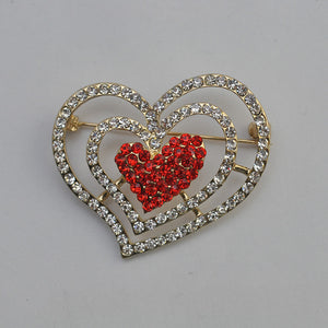 Sweet Romance Love Brooch Female Sparkling  Brooch Jewelry