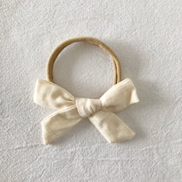 SCHOOLGIRL - CREAM BOW