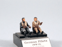 PJ Production 721110 1/72 Luftwaffe WWII Pilot's seated in a/c Resin Figures - SGS Model Store
