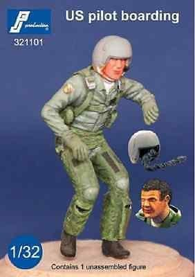 PJ Production 321101 1/32 US pilot boarding (1980 - 90) Resin Figure - SGS Model Store