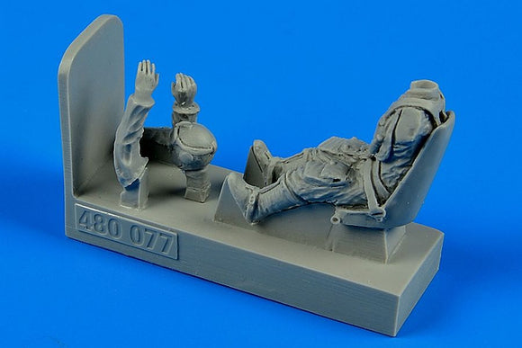 Aerobonus 480 077 1/48 Luftwaffe Pilot with seat for Messerschmitt Bf-109E - SGS Model Store