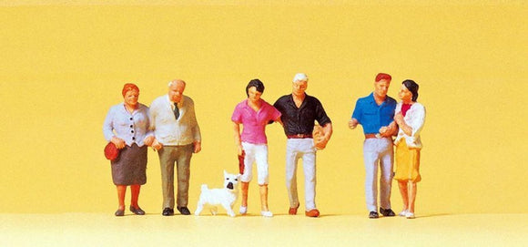 Preiser 10527 00/H0 Couples with a dog Model Railway Figures