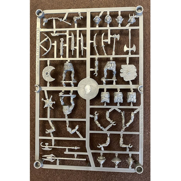 Warlord Games Orc Warband Single Sprue 1/56 (28mm) Warlords of Erehwon