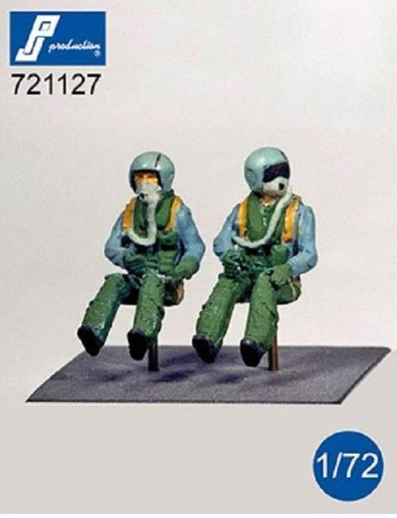 PJ Production 721127 1/72 German pilots seated in a/c Resin Figures - SGS Model Store