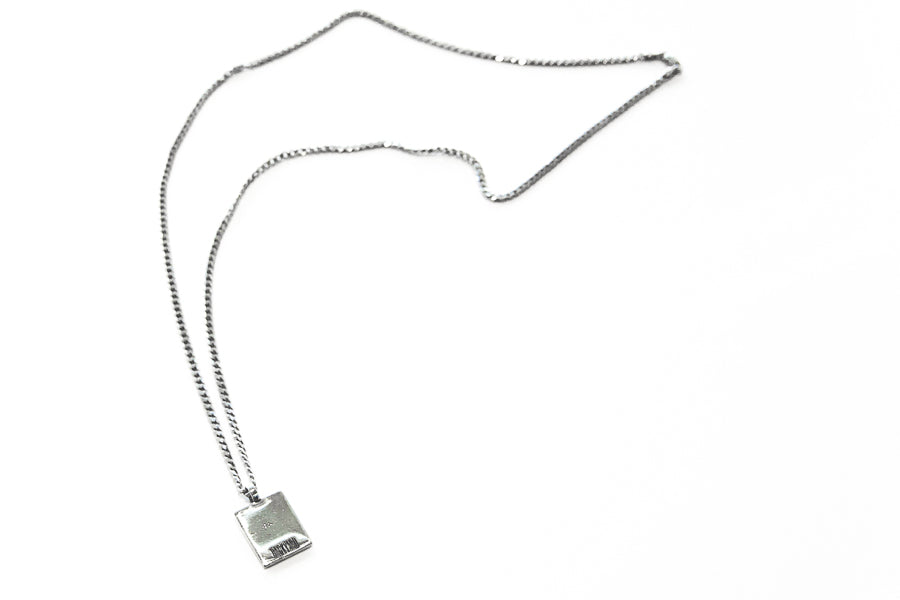 BACKYARD silver necklace with pendant