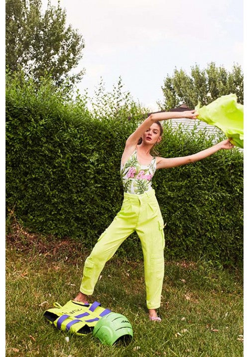 THE DENIM PANT WITH POCKETS DYED IN NEON GREEN - Studio183