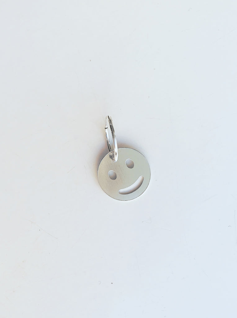 SMILEY single earring - Studio183