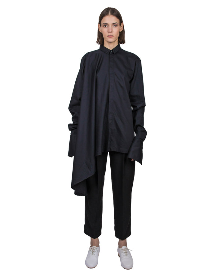 BLACK ASYMMETRIC CIRCLE SHIRT - Studio183