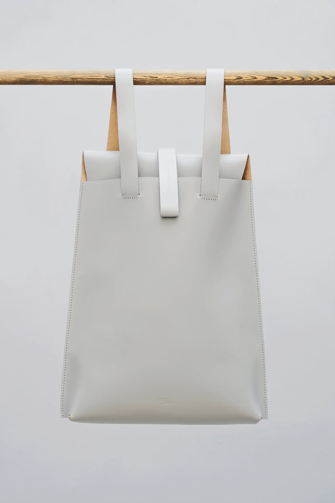 LEATHER BACKPACK GREY - Studio183