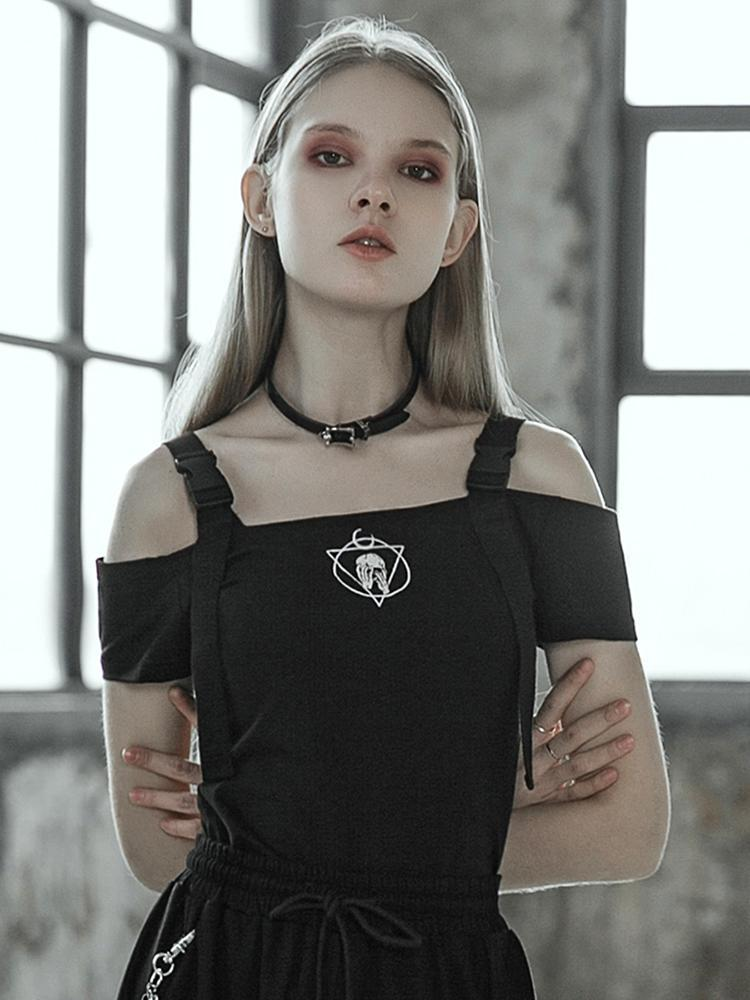 Women's Goth Off The Shoulder Fitted Black T-Shirt - Black Rabbit Store