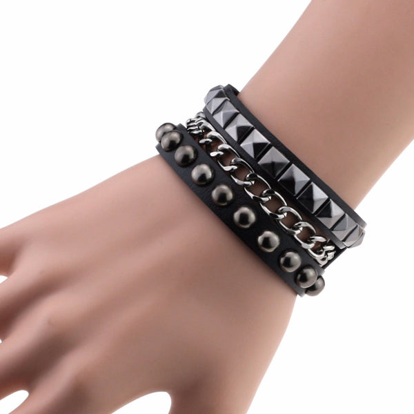 Rock Spikes Rivet Bracelet - BLACK RABBIT STORE