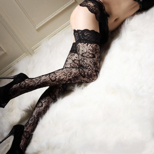 Moxie's Veil Stockings - BLACK RABBIT STORE