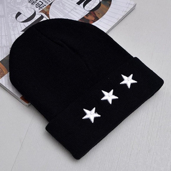 Triple star beanie - black