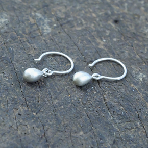 Art of Simplicity earrings