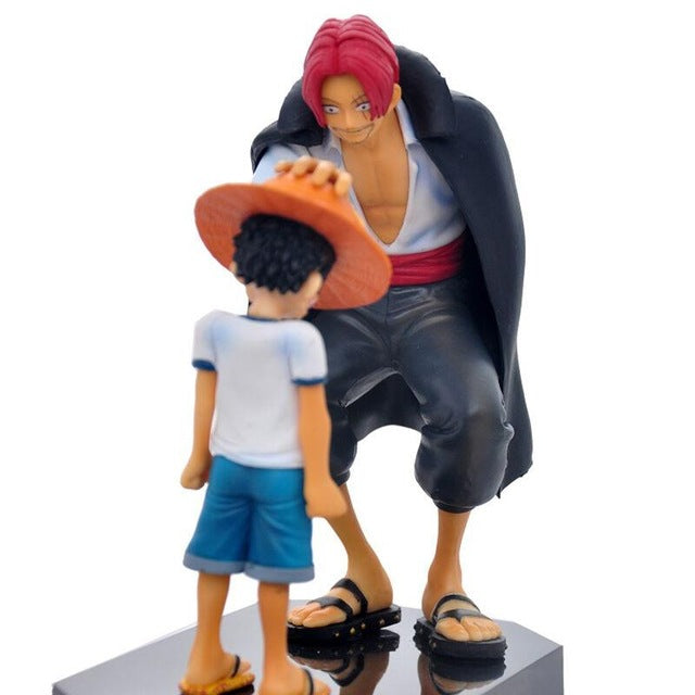 Luffy receives Straw Hats from Shanks