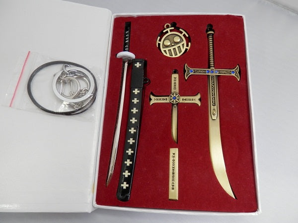 Sword Set Zoro and Mihawk with Law Logo