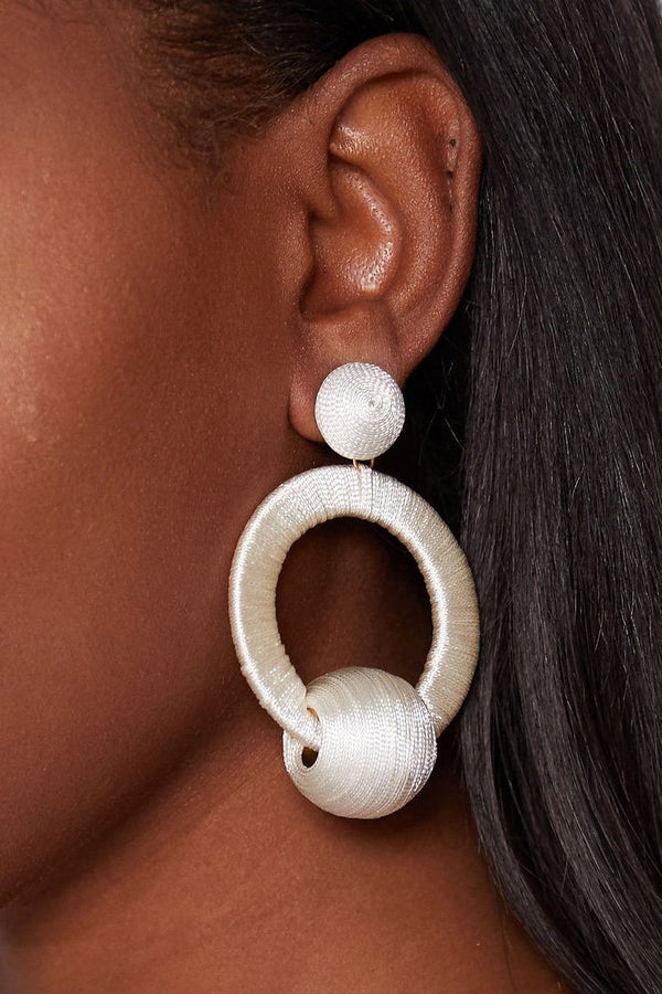 MIA THREADED HOOP EARRINGS - WHITE earrings LADY ALAKO