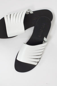 CAPRI POSITANO Praiano Sandal in White with Black base