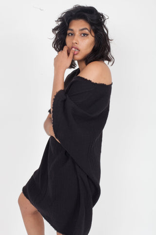 ANAAK Kai Crewneck Tunic in Black