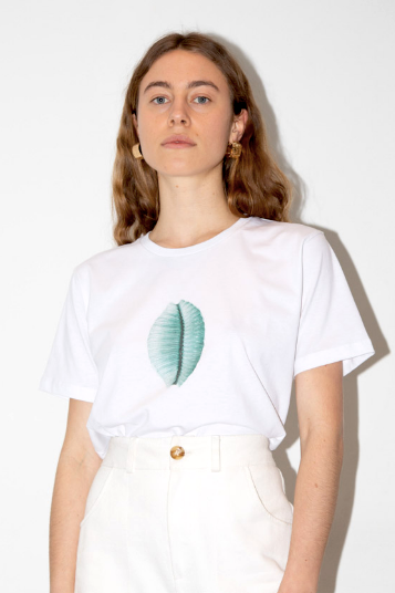 AÉRYNE | Seashell T-shirt - White and blue