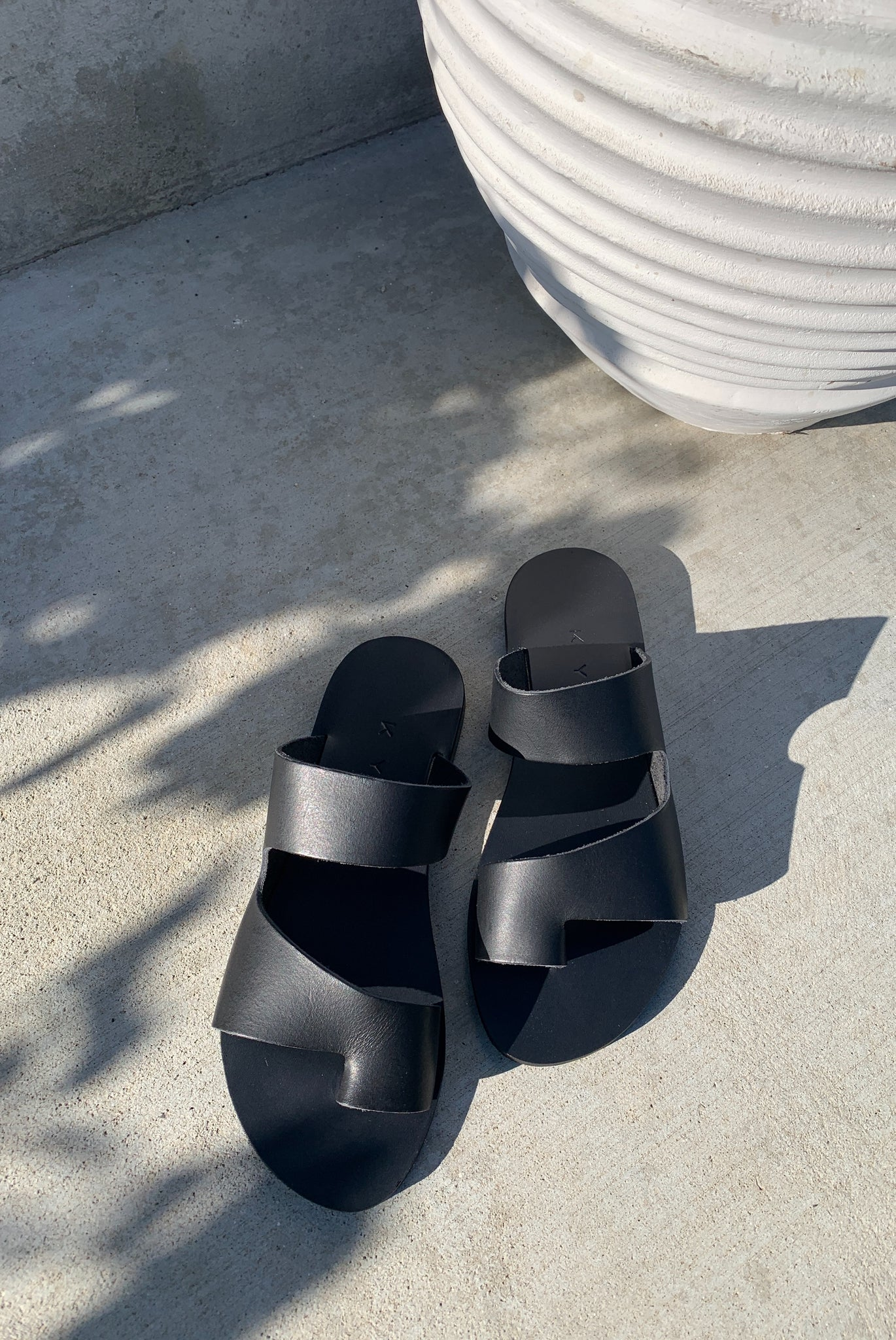 KYMA | Gavdos Cutout Sandals - Black