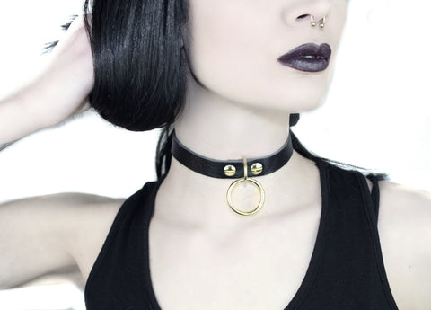 Restless Mind Choker Elvira silver gold Leather Choker