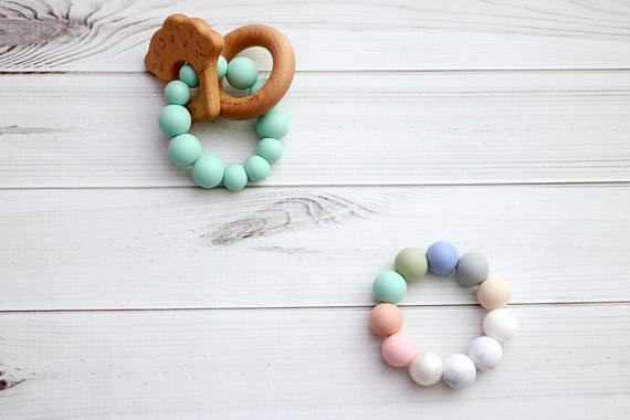 Getting Sew Crafty - Teething Toy - Natural Cupcake - Silicone + Wood