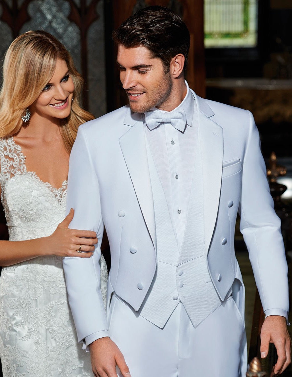 Mens Ike Behar Classic Citreon Tail Tuxedo in White