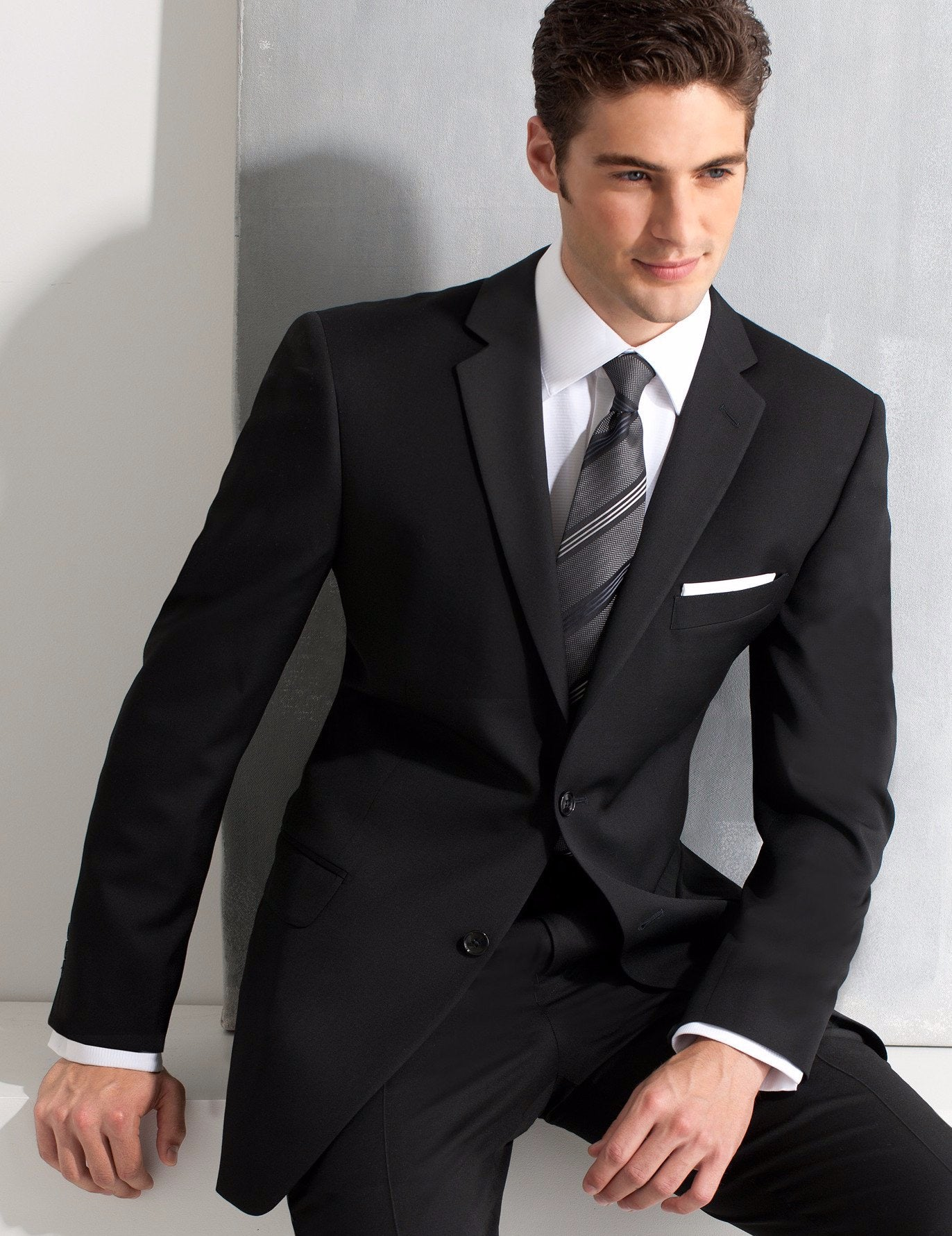 Ike Behar Super 120's Wool Tuxedo Black
