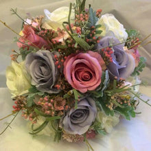 lilac grey pink brides bouquet
