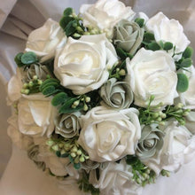 white and grey wedding bouquet
