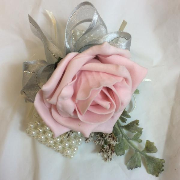pale pink and grey wrist corsage