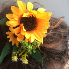 hair comb of yellow sunflowers