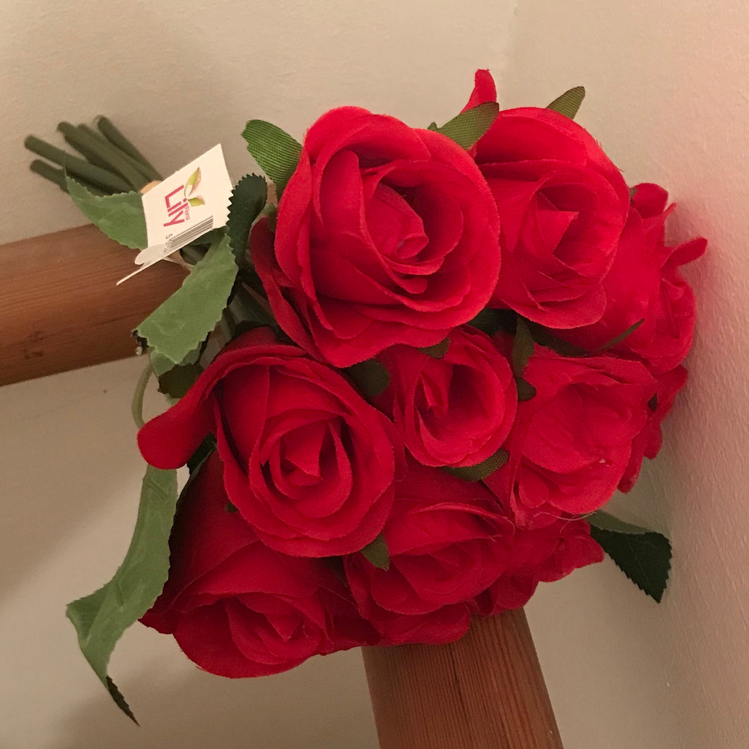 artificial red rose flower bunch